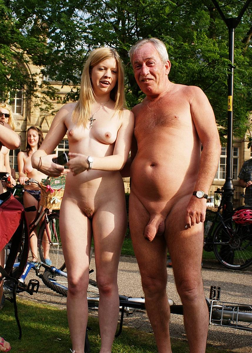 Real naked daughter